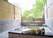 温泉休闲0018,温泉休闲,休闲,澡巾 叠放 池沿