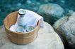 温泉休闲0028,温泉休闲,休闲,木桶 毛巾 石头
