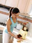 居家日常0031,居家日常,生活,厨房忙碌 煮咖啡