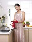 居家日常0051,居家日常,生活,戴手套 平底锅 桔子