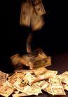 钱钱世界0075,钱钱世界,金融,散落 金色 美元
