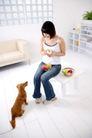 女性宠物0052,女性宠物,生活方式,水果 削水果 果盆
