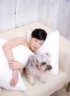 女性宠物0058,女性宠物,生活方式,睡沙发上 靠垫 帘子