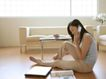 女性居家休闲0042,女性居家休闲,生活方式,打电话 客厅 地板