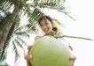 夏日泳装少女0162,夏日泳装少女,生活方式,捧着椰子