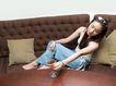 日韩俏佳人0291,日韩俏佳人,生活方式,棕色沙发 直发美女 木制圆桌