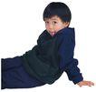 幻想儿童0096,幻想儿童,儿童,坐地上 黑色外套 吐舌