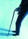 医学人员0023,医学人员,医学医药,拄着拐杖