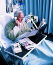 国外医疗0063,国外医疗,医学医药,小桌子 看报 白色电话机
