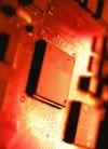 高科技治疗0010,高科技治疗,医学医药,电路板特写 红光照耀
