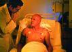 高科技治疗0025,高科技治疗,医学医药,男病人