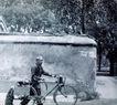 北京胡同0116,北京胡同,中华图片,一个人 推着自行车
