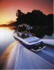 汽车广告0140,汽车广告,广告创意,快艇