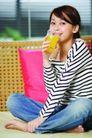瑜伽美女0057,瑜伽美女,美容,喝果汁