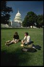 风景名胜0112,风景名胜,建筑,草地 坐在草地上