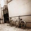 交通与旅游0091,交通与旅游,交通,自行车 车子 靠墙