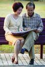 老人生活0027,老人生活,生活,一起看书