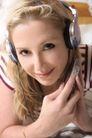 聆听世界0033,聆听世界,综合,耳机 听音乐 西方女孩