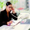 办公女性0045,办公女性,人物,办公女郎 接听电话