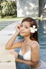 欢乐少女嘻戏0010,欢乐少女嘻戏,运动,头戴花朵