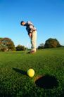 运动健儿0003,运动健儿,运动,玩高尔夫 黄色高尔夫球 球洞